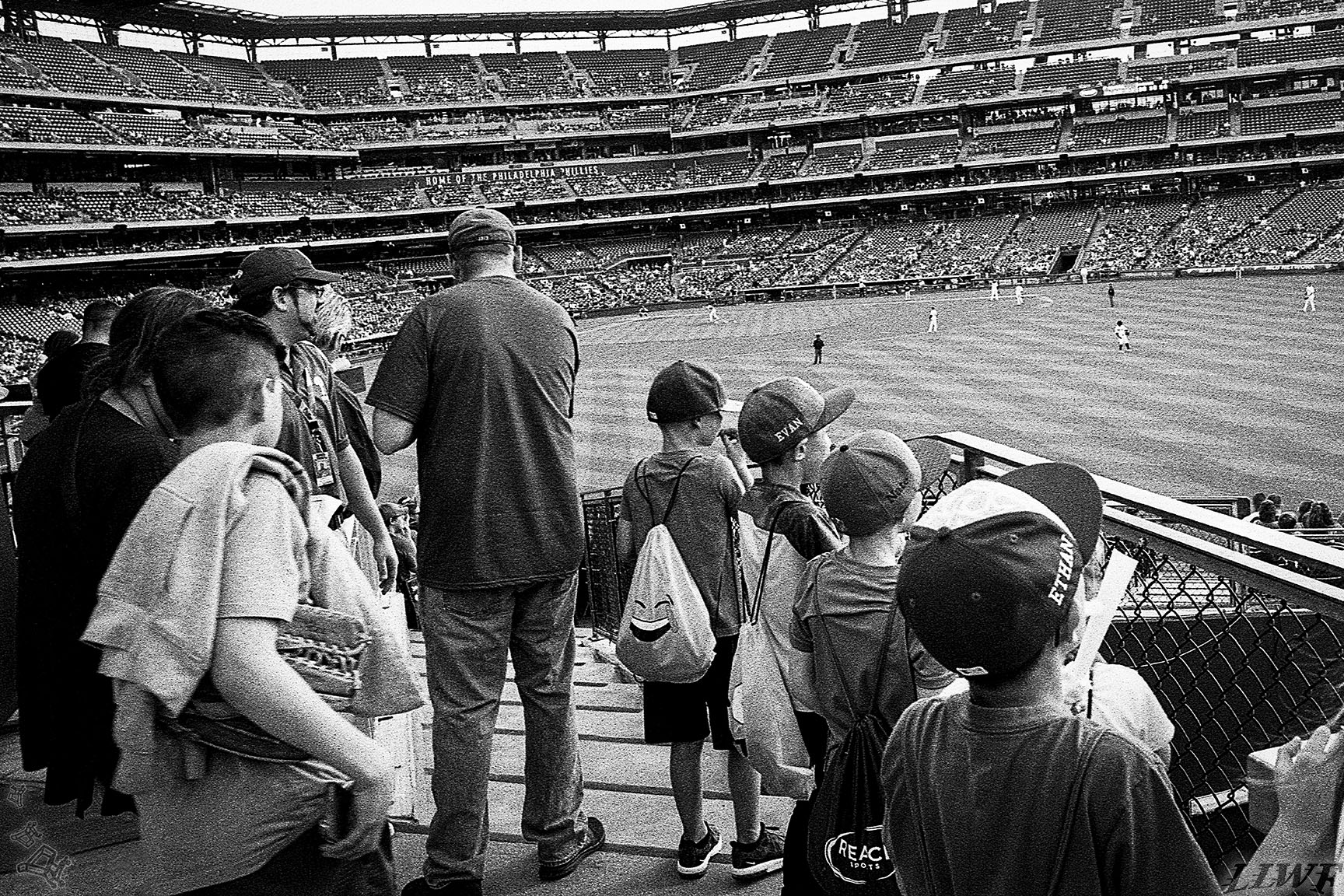 09_Phillies-L_X_Kids_APR18_72